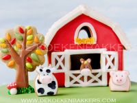 Gingerbread Farm House