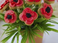 Poppy cookie bouquet 3